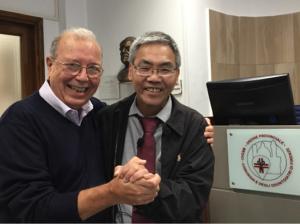 Dr. Giovanni Cellerini con il Dr. Tom Tam